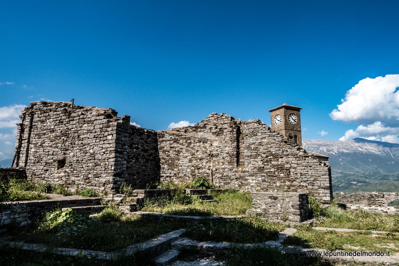Albania in Camper Agirocastro Agirocastrum Le Puntine del Mondo Agirocaster Agirocastrum castello castle